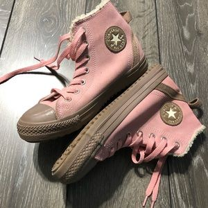 Converse High-Top Blush Pink Fur Lined Youth Sz 3